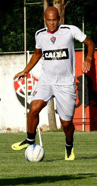 Souza promete surpresa se marcar contra o ex-time - Foto: Margarida Neide | Ag. A TARDE