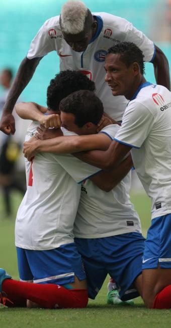Branquinho balançou a rede do Jacuipense aos 12 segundos de jogo - Foto: Lúcio Távora | Ag. A TARDE