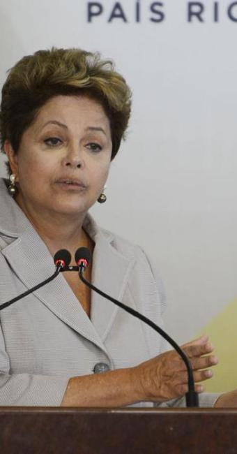 Informações dadas pela presidente Dilma Rousseff e pela Petrobras são desencontradas - Foto: Agência Brasil