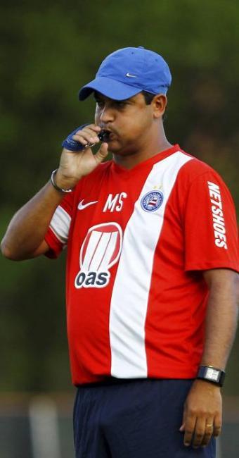 Marquinhos Santos vem superando a desconfiança com vitórias - Foto: Eduardo Martins | Ag. A TARDE