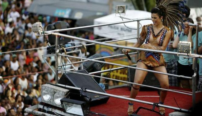 Mari caprichou na roupa que usou no desfile - Foto: Raul Spinassé | Ag. A TARDE
