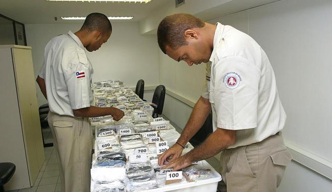Serviço foi realizado pela Polícia Militar - Foto: Arestides Baptista | Arquivo | Ag. A TARDE