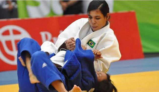 Jéssica Pereira (foto) e Breno Alves são campeões e Gabriela Chibana fica em terceiro - Foto: Divulgação l CBJ