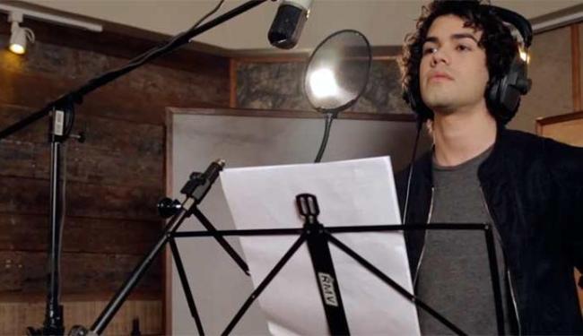 Sam Alves faz cover de canções no primeiro álbum - Foto: Reprodução