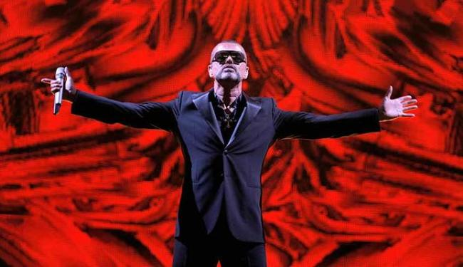 George Michael apresenta o álbum baseado no show que fez em 2011 e 2012 - Foto: AP PHoto