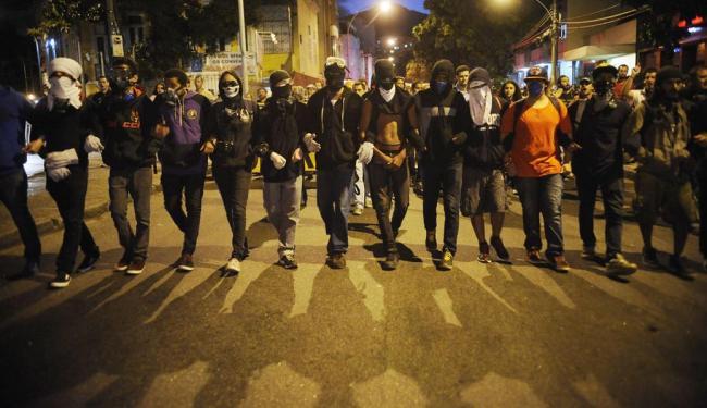 Com a alteração, nem toda máscara será proibida - Foto: Fernando Frazão | Agência Brasil