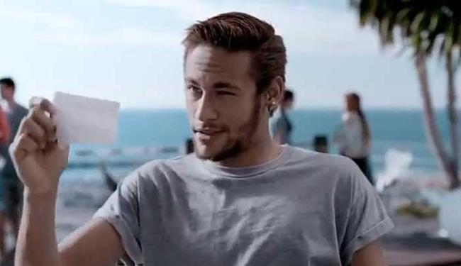 Neymar brinca com turistas estrangeiros - Foto: Reprodução | Youtube
