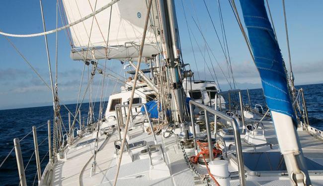Fraternidade, veleiro do navegador, na rota da Antárctica - Foto: Leonardo Papini | Divulgação