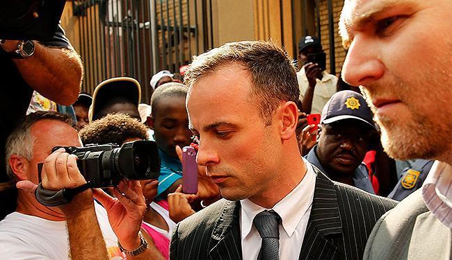 Fotografias que a polícia tirou do local indicam que provas foram alteradas, alega defesa - Foto: Siphiwe Sibeko l Reuters