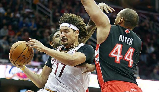 Brasileiro é um dos principais destaques do Cleveland Cavaliers - Foto: Reuters