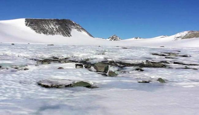 Cientistas brasileiros fazem pesquisas na Antártida - Foto: Agência EFE