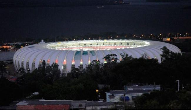 Estádio será entregue à Fifa no dia 22 de maio, já com as estruturas provisórias - Foto: Divulgação l Anderson Kblo