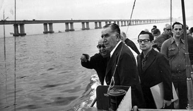 Governo do general Médici ficou conhecido pela repressão e pelas obras de grande porte, como a Ponte - Foto: Arquivo Nacional