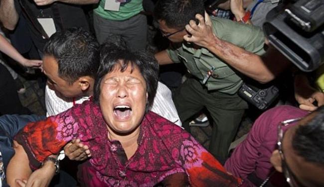 Familiares querem confirmação da queda no Oceano Índico - Foto: Agência EFE