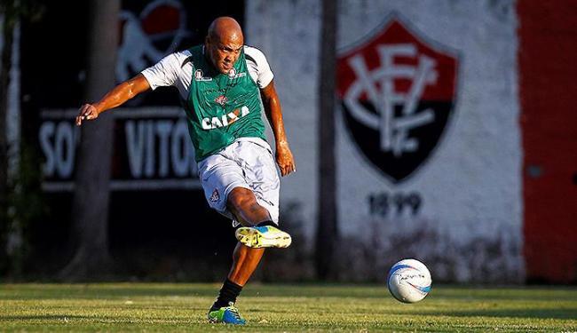Com Dinei vetado, o Caveirão Souza veste a camisa 9 diante do Conquista - Foto: Eduardo Martins | Ag. A TARDE