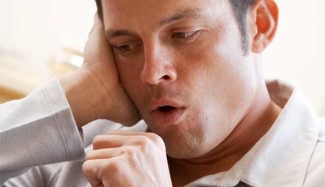 Tosse por mais de três semanas pode ser sintoma de tuberculose - Foto: Divulgação