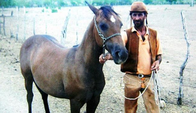 José da Silva trabalhava em uma fazenda quando levou o coice - Foto: Reprodução   Calila Notícias