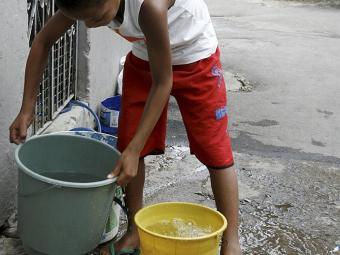 Moradores estão sem água há dois dias - Foto: Luciano da Mata | Ag. A TARDE