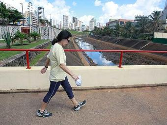 Pacientes realizaram seis meses de caminhadas de meia hora, cinco dias por semana - Foto: Agência A TARDE   Arquivo