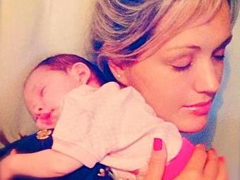 Claudia com a filha Maria Amélia - Foto: Instagram | Reprodução
