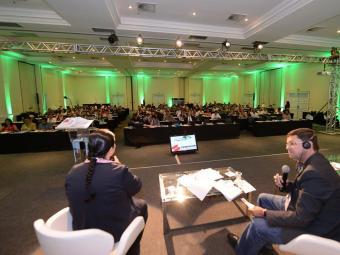 Debate realizado na conferência em Costa do Sauipe: desenvolvimento tecnológico alterou os papéis de - Foto: Ricardo Prado | Divulgação