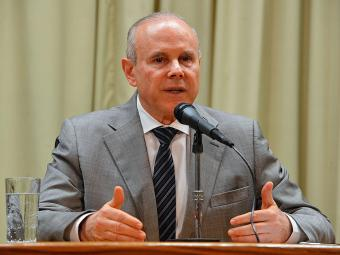 Ministro Mantega diz que estatal já é fiscalizada o tempo todo - Foto: Valter Campanato | Agência Brasil