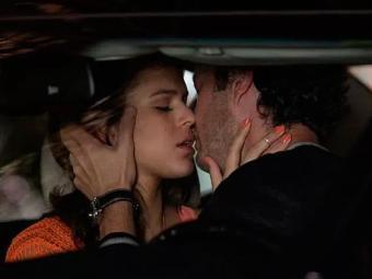Luiza e Laerte finalmente se beijam - Foto: Fábio Rocha   TV Globo