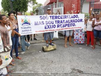 Anúncio vem após suspensão de quatro dias dos serviços de limpeza e administrativos - Foto: Joá Souza | Ag. A TARDE