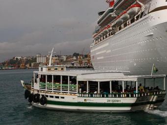 Baía de Todos-os-Santos não está com boas condições de navegação - Foto: Margarida Neide | Ag. A TARDE