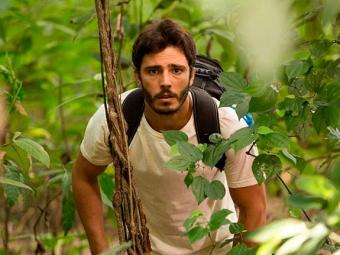 William consegue fugir da comunidade - Foto: Fábio Rocha | TV Globo