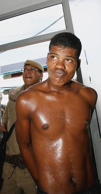 Lailson foi capturado quando chegava ao local de trabalho, no bairro de Patamares - Foto: Fernando Amorim/ AG. A TARDE