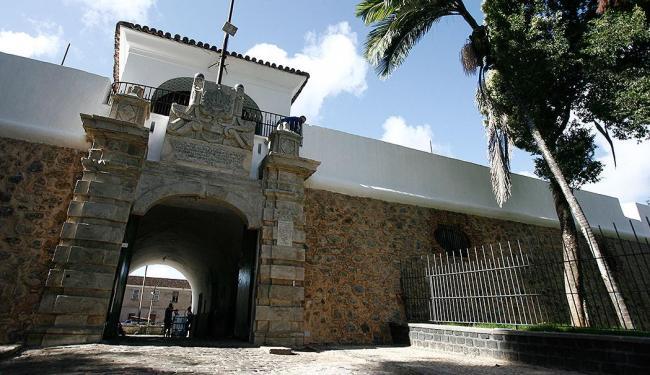Forte do Barbalho foi o maior centro de tortura de presos políticos durante a Ditadura - Foto: Raul Spinassé   Ag. A TARDE