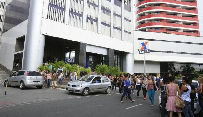 Prédio onde funciona o telemarketing da Caixa - Foto: Joa Souza   Ag. A TARDE