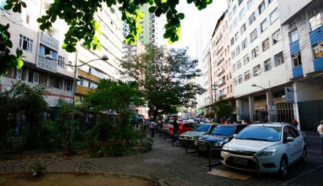 Moradores do bairro 2 de Julho devem sofrer com desabastecimento de água - Foto: Fernando Vivas | Ag. A TARDE
