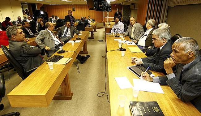 Deputados tentaram nesta quarta, sem êxito, uma solução para o impasse - Foto: Eduardo Martins | Ag. A TARDE