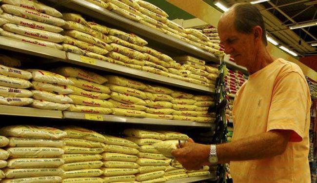 Consumidor paulistano sofre mais com a subida dos preços - Foto: Eduardo Martins | Ag. A TARDE
