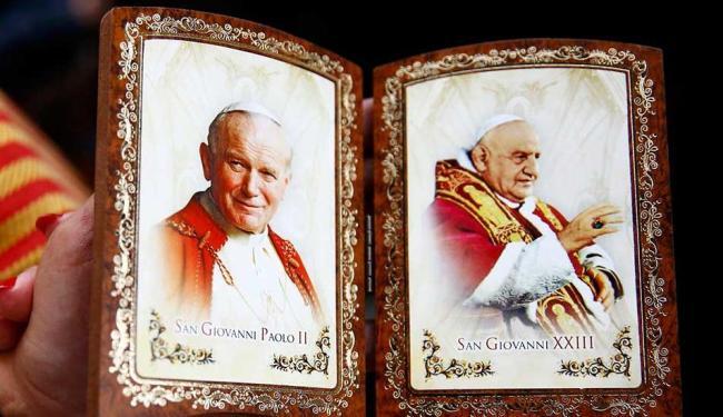 João Paulo II e João XIII são canonizados no Vaticano - Foto: Agência Reuters