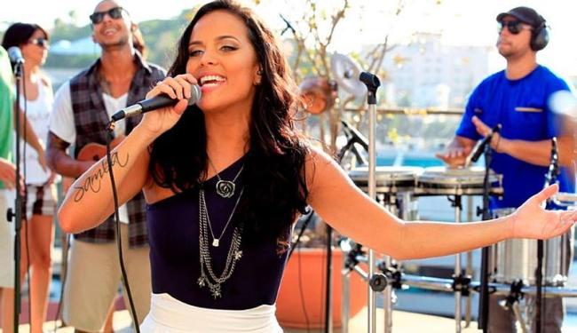Ju Moraes em gravação do DVD - Foto: Reprodução | Site oficial