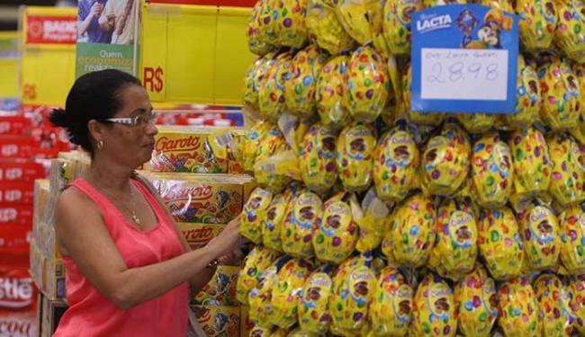 Abase ainda não tem as variações de um dos produtos mais procurados na Páscoa, o ovo de chocolate - Foto: Lúcio Távora | Ag. A TARDE