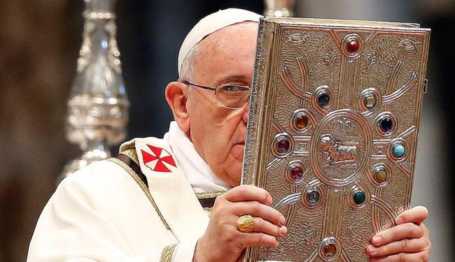 Chegada de Francisco aumentou a confiança da América latina na Igreja católica - Foto: Agência Reuters