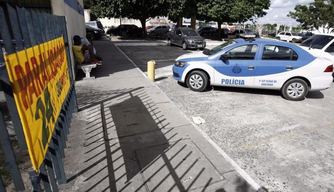 Policiais civis juntam-se aos professores e paralisação de 24h - Foto: Luiz Tito | Ag. A TARDE