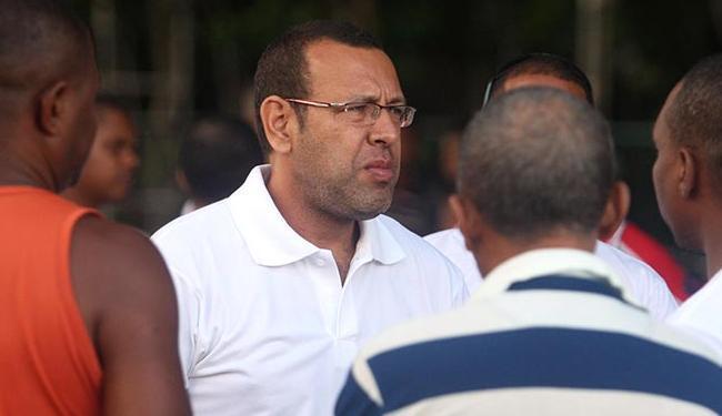 Marco Prisco (de branco) também comandou greve em 2012 - Foto: Lúcio Távora | Ag. A TARDE