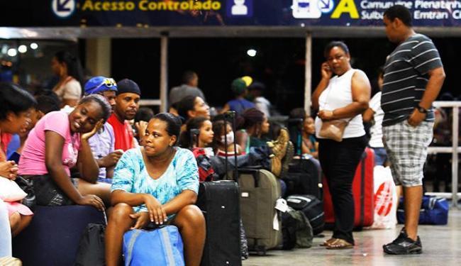 Movimento é intenso na Rodoviária - Foto: Lúcio Távora / Ag. A Tarde