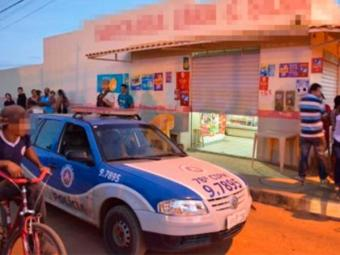 Homem tentou fugir após ser baleado, mas morreu dentro de mercearia - Foto: Reprodução | Blog do Anderson