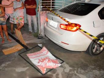 Vítima estava dentro de BMW no momento do crime - Foto: Reprodução | Acorda Cidade
