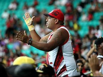Puxador da torcida animava o Barradão nos jogos do Vitória - Foto: Reprodução   Facebook Lucas CH Chapolin