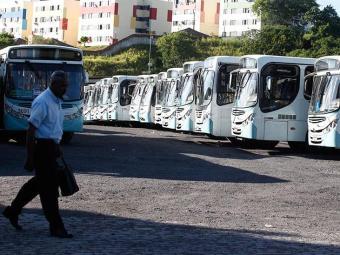 Se não houver acordo, ônibus param a partir de 0h de terça - Foto: Edilson Lima | Ag. A TARDE
