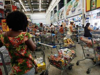 Boa parte dos recursos é empregada na alimentação - Foto: Margarida Neide | Ag. A TARDE