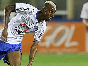 Talisca salvou o Bahia de uma derrota nos 46 minutos do 2º tempo - Foto: Rui Porto Filho l FOTOARENA l Estadão Conteúdo