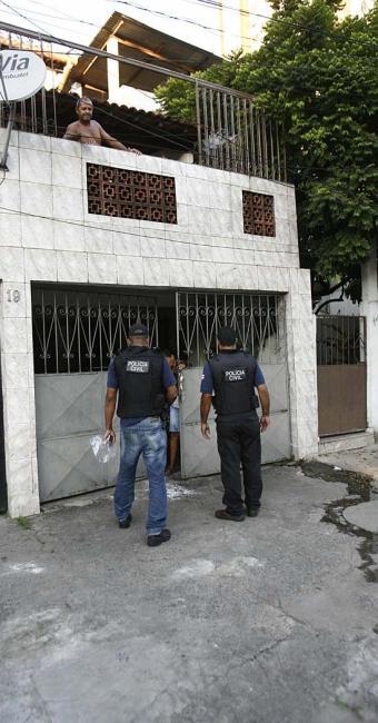 Imóvel onde ocorreu a agressão na avenida Garibaldi - Foto: Fernando Amorim | Ag. A TARDE